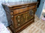 Продам антикварный камод предположительно 50-х и ранее годов.