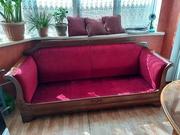 Продам антикварный диван , в хорошем состоянии.